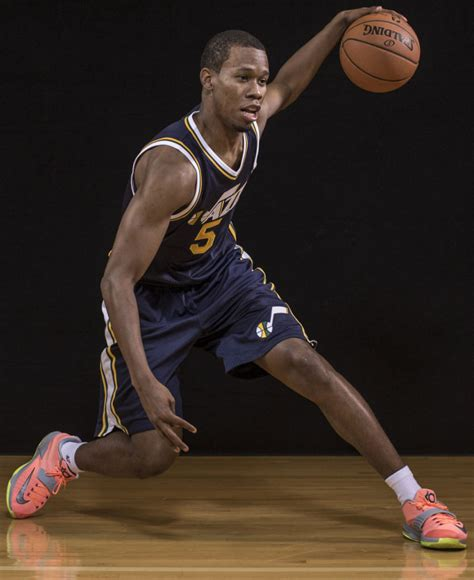 Sole Watch: 2014 NBA Rookie Photo Shoot   Sole Collector